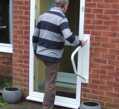 Indoor Outdoor Handy Grab Rail Provides Support
