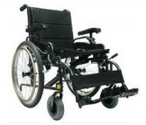 Lightweight Self-Propelled Bariatric Wheelchair